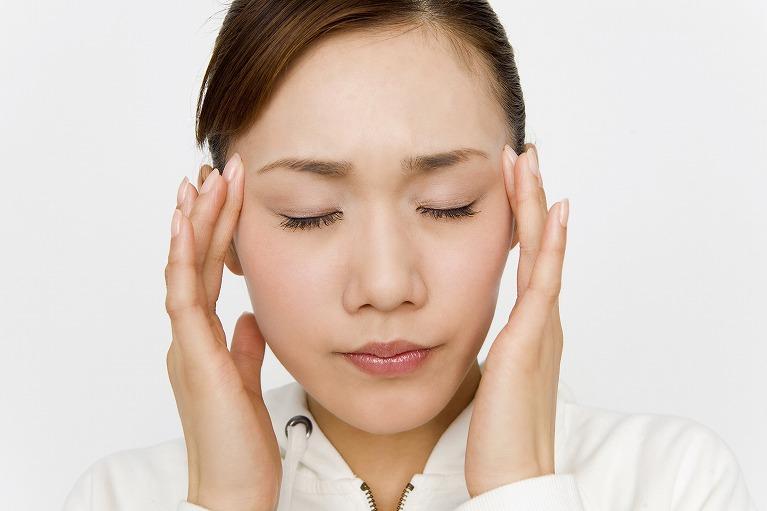 顔の痙攣、麻痺